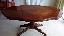 Coffee Table Italian Solid Wood With A High Gloss Finish Excellent Condition