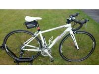 LADIES GIANT LIV AVAIL 3 ROAD BIKE FULLY SERVICED /STUNNING CONDITION RRP NEW OVER £ 700