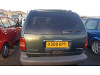 2000 Chrysler Voyager, 2.5 diesel, breaking for parts only, postage nationwide.