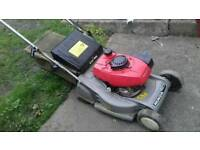 Honda HRB423 Petrol self propelled roller lawn mower