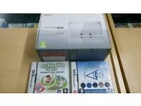 White Nintendo 3ds