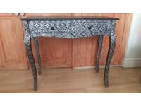 Moroccan Style Console Table Black Silver Embossed Wood Hall Vanity 2 DRAW Table new