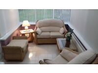 5 piece conservatory suite. In excellent condition.