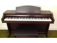 Technics sx-PX662 Digital Piano With Stool. Superb sound, Excellent Condition.