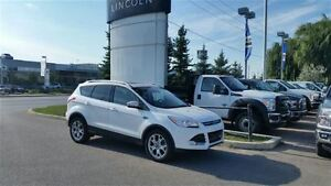 2015 Ford Escape Titanium - 4WD **ONE OWNER**
