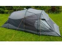 3 Person Tent - Blacks Aquila Constellation Series II - Excellent Condition