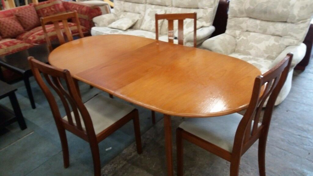 Meredew Teak Extendable Dining Table And 4 Chairs