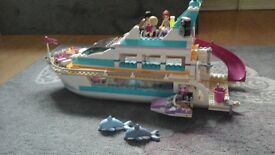 Lego friends crusier