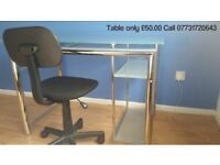 ***computer desk glass for sale in slough £50.00***