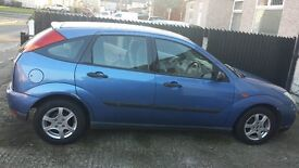 **QUICK SALE**Ford FOCUS **£300 On Offer** Blue 1.8 Petrol with a very **good** REG S371 UPU