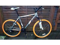MONGOOSE SWITCH BACK MT BIKE COMP SPECIAL EDITION BRAND NEW TYRES AND INNER TUBES