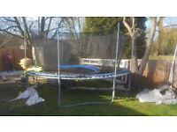 13 foot round trampoline