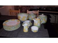 6 Piece Dinner Service - Marks and Spencer Yellow Rose