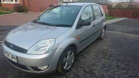 Fiesta 1.4 zetec. Mint condition fsh 2 lady owners hpi clear