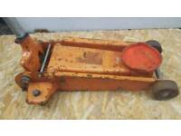 LARGE TROLLEY JACK (for repair or parts)