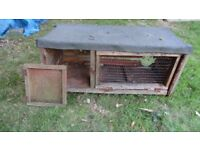 Old Guinea Pig or Rabbit Hutch - NEEDS REPAIRING