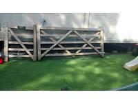 Five bar gate