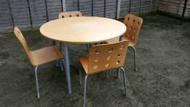 A set of dinning table & chairs
