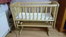 Lovely condition rocking crib/cradle