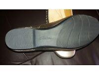 Clarks Gold Shoe size UK6
