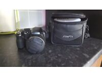 Fujifilm finepix s2450 series, 14mp comes with carry bag, strap and user manual