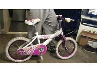 Girls bike for sale. Ideal for ages 6-9