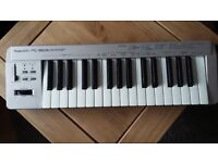 Roland PC-160 midi controller keyboard