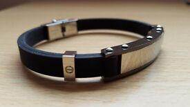 Stylish Men's Bracelet by Warren James
