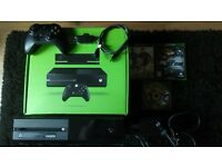 Xbox one 500gb boxed with games.