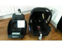 Maxi Cosi Cabriofix car seat and base, fits lots of pram, pushchairs