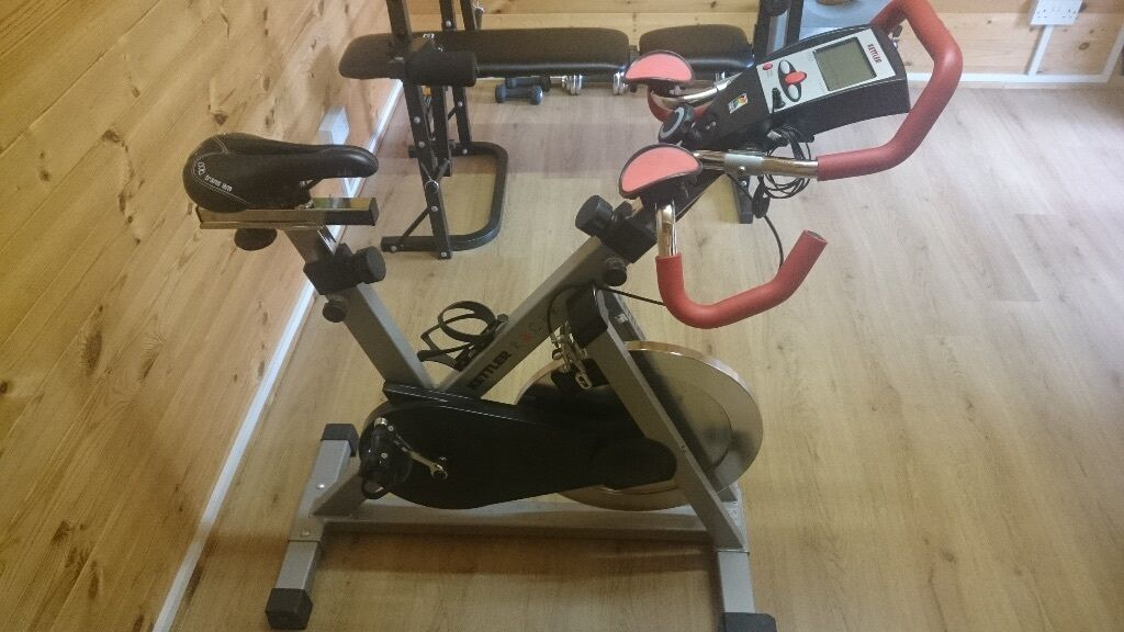 kettler racer exercise spin bike in rayleigh essex. Black Bedroom Furniture Sets. Home Design Ideas