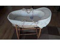 Mamas & Papas moses basket with + baby bath