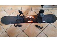 Salomon snowboard, bindings + bag