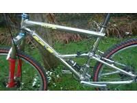 Gt rts 2 full suspension mountain bike