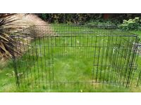 Wire cage, 2 door openings. 120cmx80cmx60cm. Suitable for puppy, rabbit, or guinea pigs.