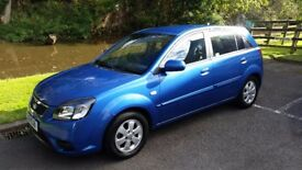 Kia Rio 1.4 Automatic 5door 2010 Excellent condition Low Miles FullMainDealer Hstry 1 Previous ownr