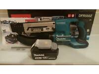 Makita drywall screwdriver DFR550Z with auto feed and battery