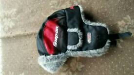 Hat snap on