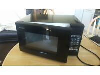 Selling microwave good condition