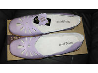 Ladies Clifford James Size 7 Shoes Lilac New Boxed.