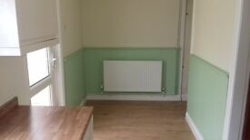 3 bedroom end terrace property available to rent from 1st August