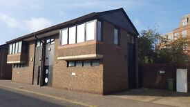 Ground floor Office space for rent in a business park next to Teddington Station