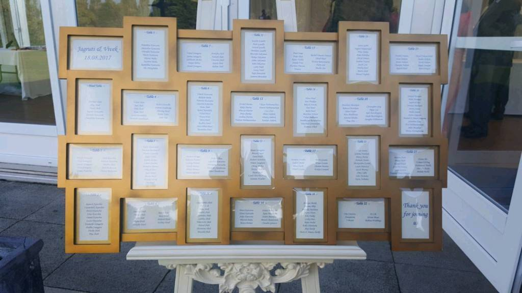 Multi Aperture Photo Frame / Table Plan - 28 frames