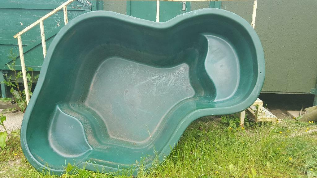 Quality Fibreglass Fish Pond In Mansfield Nottinghamshire Gumtree
