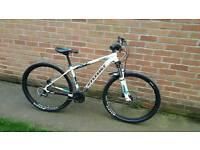 Cannondale Trail 6 Mountain bike