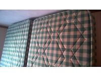 2 Single mattresses in a good condition