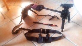 Pag orbitor video camera shoulder support