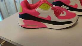 Brand new size 4 trainers