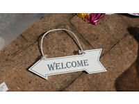 Wooden 'WELCOME' sign **£2.50** (RRP £5.99) Used once for my wedding!