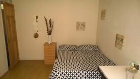 FABULOUS SINGLE ROOM AVAILABLE NOW!!